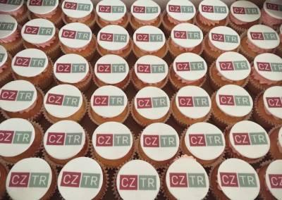 muffinki firmowe z logo