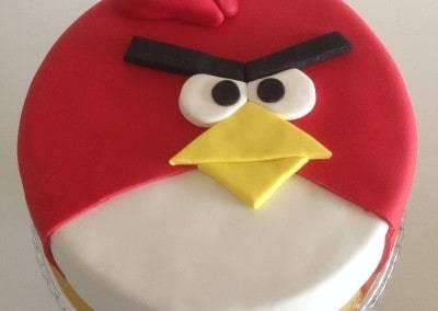 tort angry birds czerwony