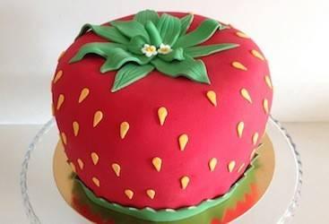 tort truskawka