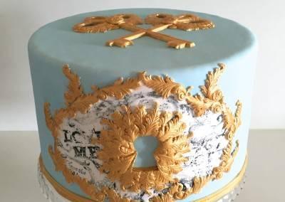 tort z dziurką od klucza