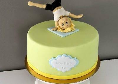 tort akrobata