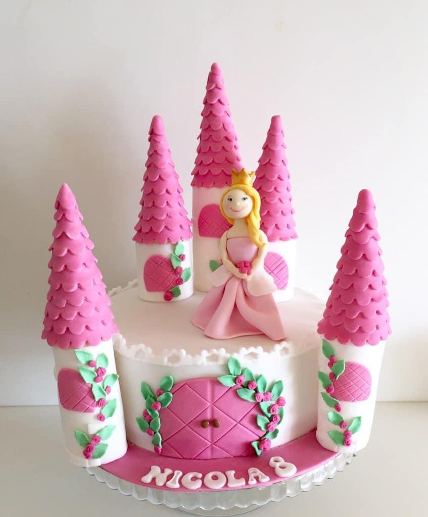tort zamek i księżniczka