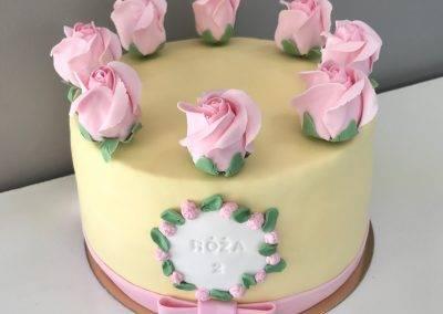 tort róże