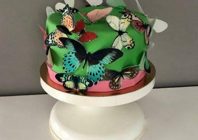 tort w motyle