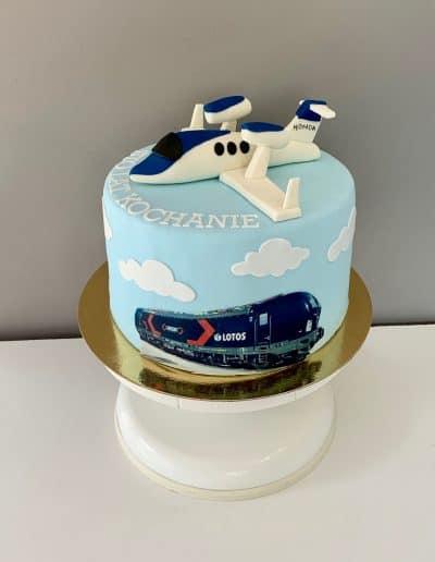 tort samolot i pociag