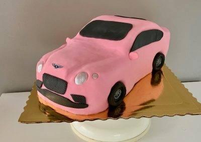 tort bentley różowy