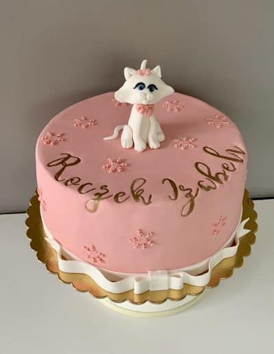 tort na roczek kotek