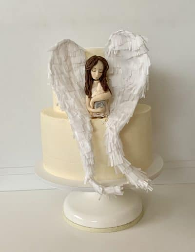 tort na chrzest z aniolem