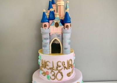 tort zamek Disney