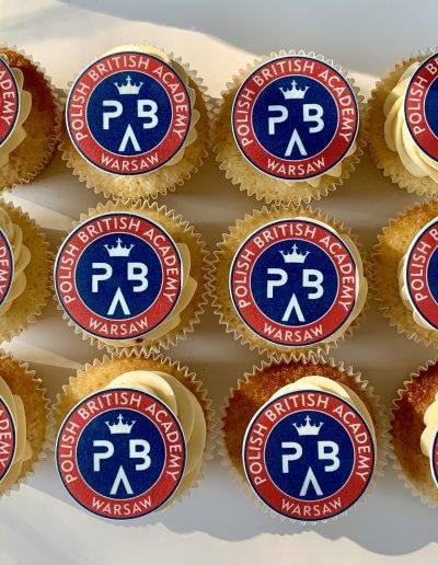 muffinki z logo pba