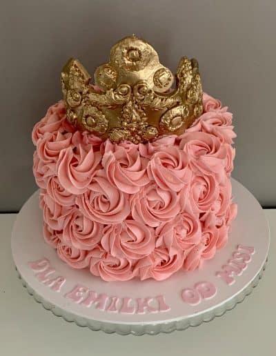 tort roze maslane i korona