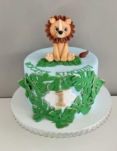tort na roczek lew