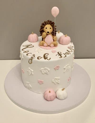 tort na roczek jeżyk