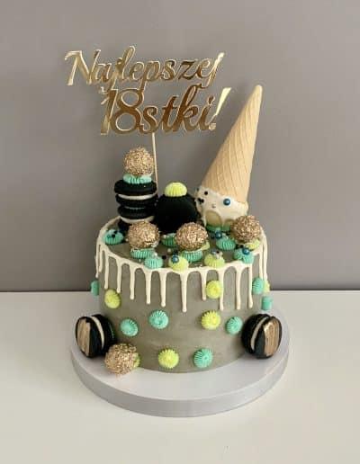tort z lodem szary