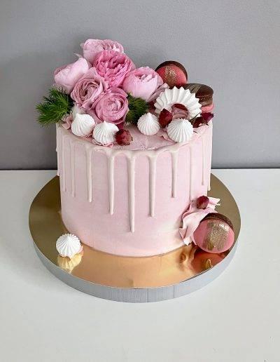 tort jaskry rozowy