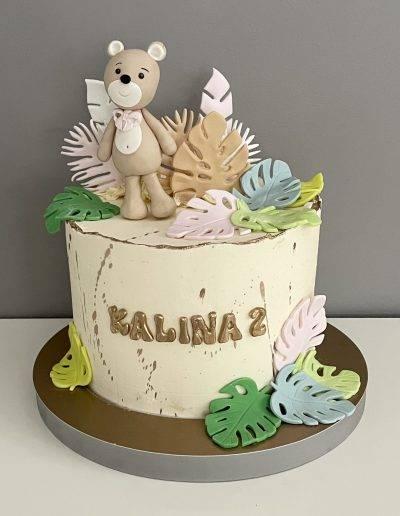 tort na 2 urodziny z misiem