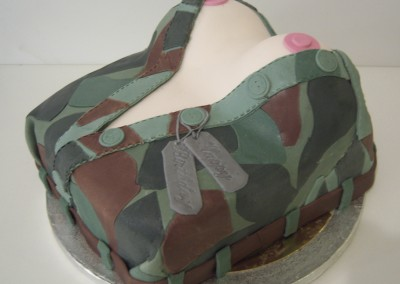 tort wojskowy biust